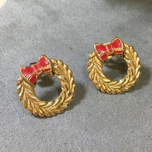 Vintage Gold Tone Christmas Wreath Earrings